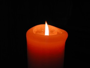Candle_in_the_wind_1