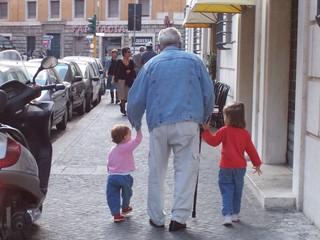 Dad_with_grandkids_1