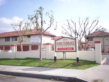 Fontana_apartments