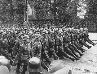 nazi_troops