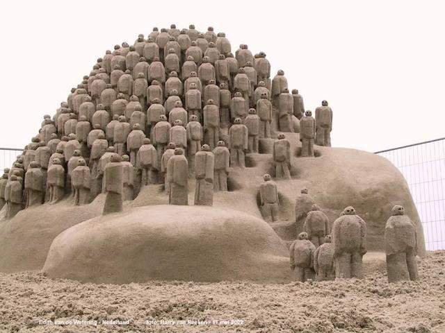 فن النحت على الرمال Amazing_sand_sculpture_
